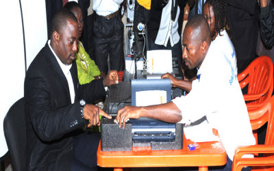 Joseph Kabila registers to vote