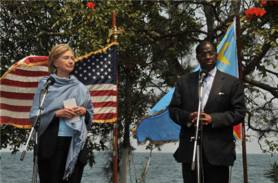 Tambwe Mwamba and Hillary Clinton after meeting with President Joseph Kabila