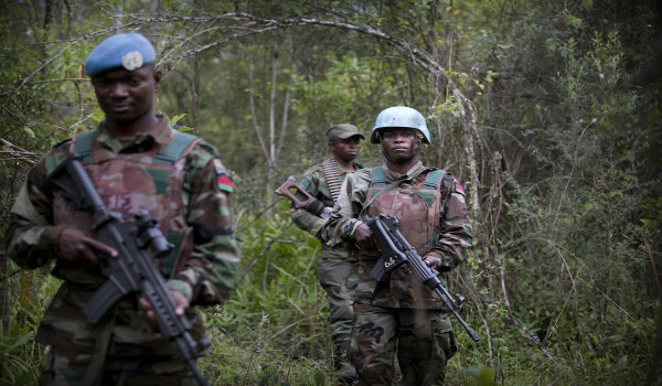 Elements of the Malawi contingent of the Intervention Brigade on a joint patrol with Government forces in the Democratic Republic of the Congo (DRC). UN Photo/Sylvain Liechti